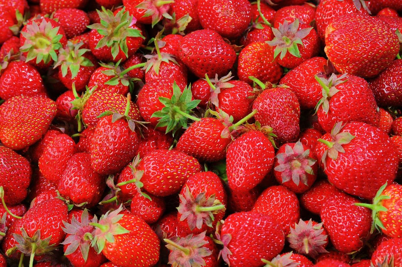 Strawberryสตรอเบอร์รี่