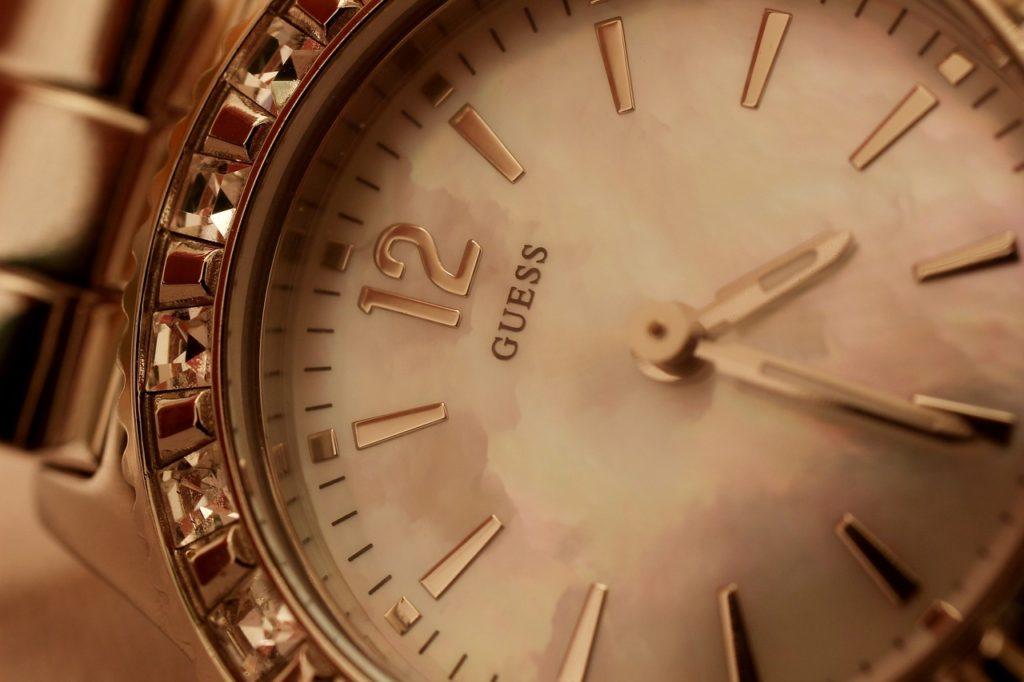 แบรนด์นาฬิกาผู้ชาย watch-Guess